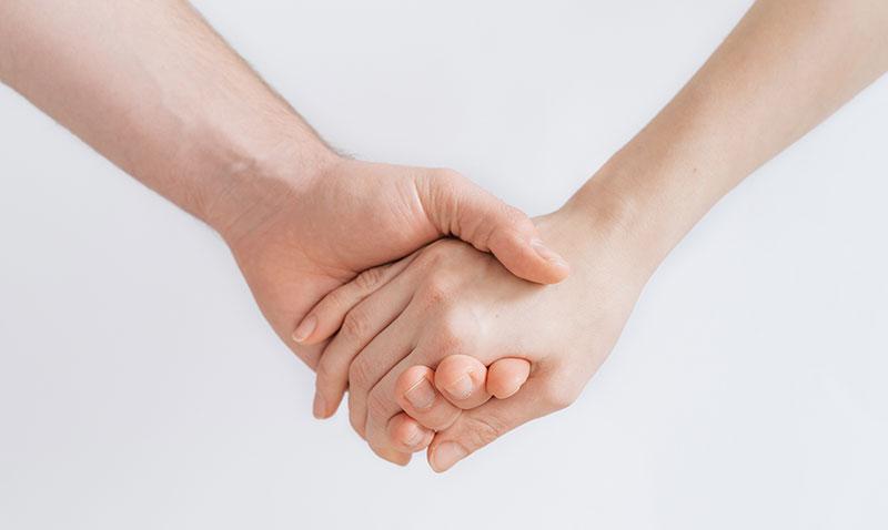 Seelen-Weiten-Hände-Begleitung-Psychologische-Beratung-Langenfeld-Psycholog-Gestaltarbeit-Aufstellungen-Krise-Konflikt-Trennung-Systemisch-Meditation